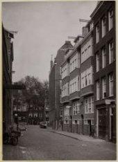 Derde Looiersdwarsstraat 1-3-3A-5 (v.l.n.r.), gezien in noordoostelijke richting…