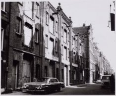 Haarlemmer Houttuinen 88-86 gezien naar het oosten