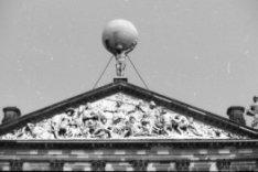 Nieuwezijds Voorburgwal 147, Paleis op de Dam, achterzijde, detail beelden dak e…