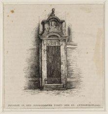 Poortje in den Noordooster toren der St. Anthonieswaag