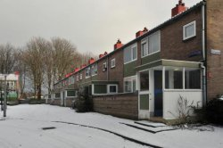A.M. de Jongstraat 26-42 (v.r.n.l.) in wintertooi