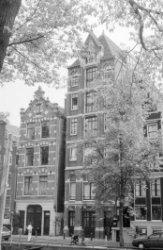 Herengracht 263 (ged.) - 269 (ged.), met tussen de nummers 265 en 267 de Treefts…
