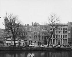 De zijgevel van Raadhuisstraat 56 en Keizersgracht 197-203