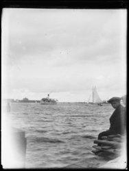 Het IJ met Zaandammerboot