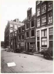 Buiten Brouwersstraat 1-7 (ged.) (v.l.n.r.), gezien in noordelijke richting naar…