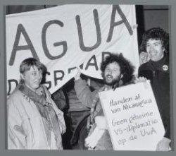 Nicaragua-demonstratie bij het Amerikaanse consulaat, Museumplein 19