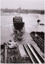 Tewaterlating van het vrachtschip ms. Porsanger