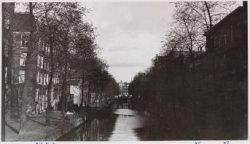 Looiersgracht 78-86A (links, v.r.n.l.), in oostelijke richting naar de Prinsengr…