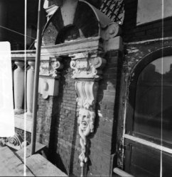 Herengracht 170-172, Huis Bartolotti, detail van de gevel