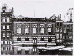 Achterzijde van het veilinggebouw Frederik Muller & Co., Nieuwe Doelenstraat 16-…