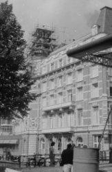 Nieuwe Doelenstraat 24, het Doelenhotel uit 1882 van architect J.F. van Hamersve…