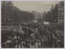 1 mei optocht van de Sociaal Democratische Arbeiderspartij