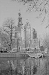 De Westerkerk, Prinsengracht 279-281 gezien vanaf de Westermarkt