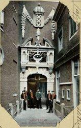Amsterdam Burgerweeshuis- Poortje Kalverstraat
