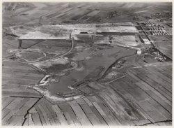 Luchtfoto van het Slotermeerplan in aanleg gezien in noordelijke richting