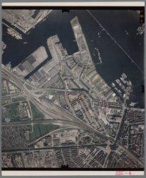 Luchtfoto van West en een deel van het Westelijk Havengebied