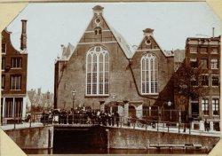 De Oude Evangelisch Luthersche Kerk aan het Spui en Singel. De Sluis verdwenen -…