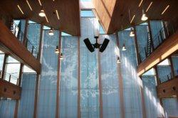 Interieur van de nieuwe synagoge van de Liberaal Joodse Gemeente