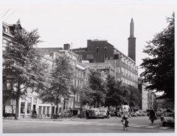 Voorburgwal, Nieuwezijds 157-159-319 met o.a. het gebouw van dagblad de Telegraa…