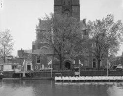 Links Westermarkt 2-58 (v.r.n.l.). Midden Prinsengracht 277. Rechts de Westerker…