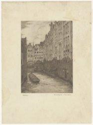 De Oudezijds Achterburgwal, gezien in noordelijke richting naar de achterzijde v…
