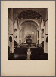 Interieur van de rooms-katholieke Sint Agneskerk, Amstelveenseweg 163, kort na d…