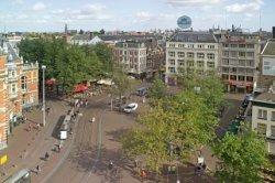 Leidseplein 1-7 (rechts, v.l.n.r.) met overzicht van het plein