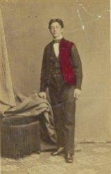 Portret van een weesjongen van het Burgerweeshuis, Kalverstraat 92