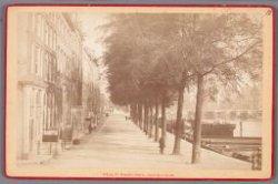 De Binnen Amstel gezien vanaf de Keizersgracht naar de Blauwbrug
