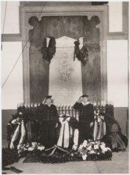 Herdenking van het overlijden van Van Speijk, erewacht bij het graf in de Nieuwe…