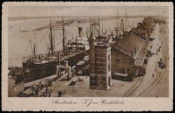 Oostelijke Handelskade, IJhaven, Javakade, het IJ (v.r.n.l.)