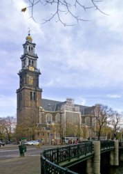 Westerkerk met steigerdoeken n.a.v. het Rembrandtjaar 2006