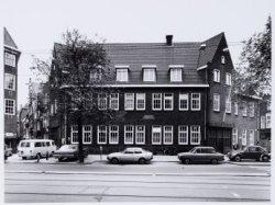 Voorburgwal, Nieuwezijds 35, het voormalig gebouw van van Gend en Loos