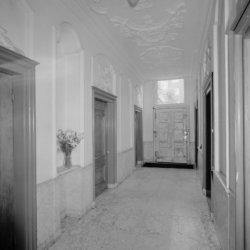 Keizersgracht 416, gang gezien richting de voordeur