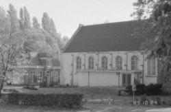 Kapel op de begraafplaats voormalige waterschapskerk