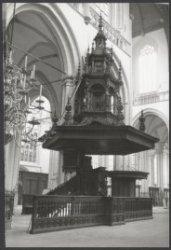 Na 23 jaar is de restauratie van de Nieuwe Kerk, Nieuwezijds Voorburgwal 143,  v…