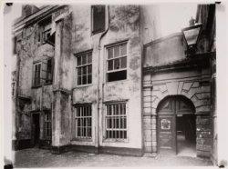 De binnenplaats van het voormalige Rasphuis, Heiligeweg 19