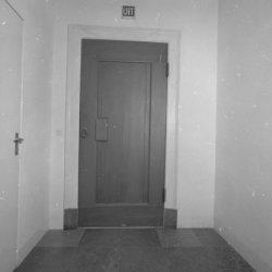 Kalverstraat 92, Burgerweeshuis, deur naar de hal uit 1634 (Achterzijde van BMAB…