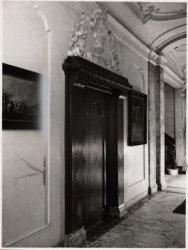 Interieur, Keizersgracht 317. Deur in de gang