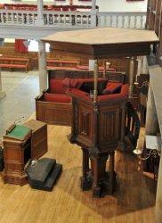 Interieur Oude Lutherse Kerk, Singel 411. Kansel, gezien vanaf het orgelbalkon