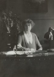 Directrice L. Peterson