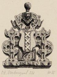 Bekroning poortje Agnietenkapel, Oudezijds Voorburgwal 231