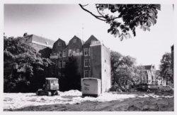 Het gat van het voormalige Van Nispenhuis, Stadhouderskade 55