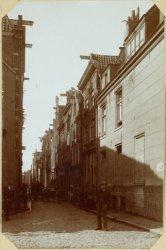 Oude huizen in de Batavierstraat - worden afgebroken