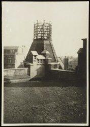 Grimburgwal 10. Telefoontoren van het zusterhuis van het Binnengasthuis aan de N…