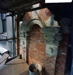 Herengracht 170-172, Huis Bartolotti, detail van de gevel tijdens restauratie