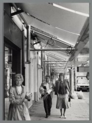 Overdekt winkelen in de Linnaeusstraat