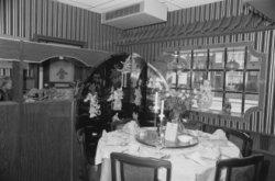interieur met een feestelijk gedekte tafel in een chinees restaurant in alkmaar