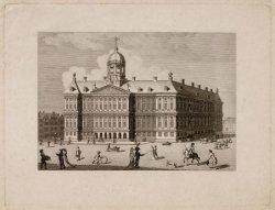 Dam 12, het Stadhuis van Amsterdam,vanaf 1808 het Koninklijk Paleis. Rechts de M…