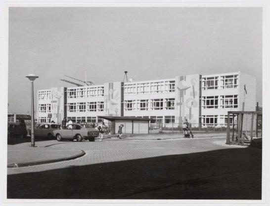 Zeelandstraat 11, De Europaschool
